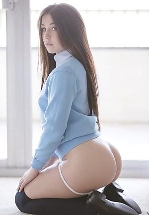 Small Tits Perfect Ass Teen