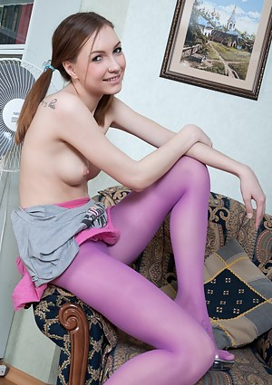 Pantyhose Girls Porn Pictures